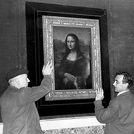 The Mona Lisa is packed for the transport to Washington. Louvre. Paris. December 1962.